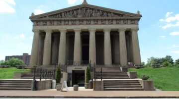 The Nashville Parthenon: What It's Like (One Family's Review)