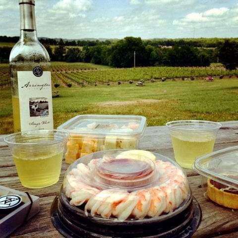 There's nothing like a romantic picnic at Arrington Vineyards in Franklin TN.
