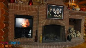 barbara-mandrell-brick-fireplace-at-fontanel-nashville