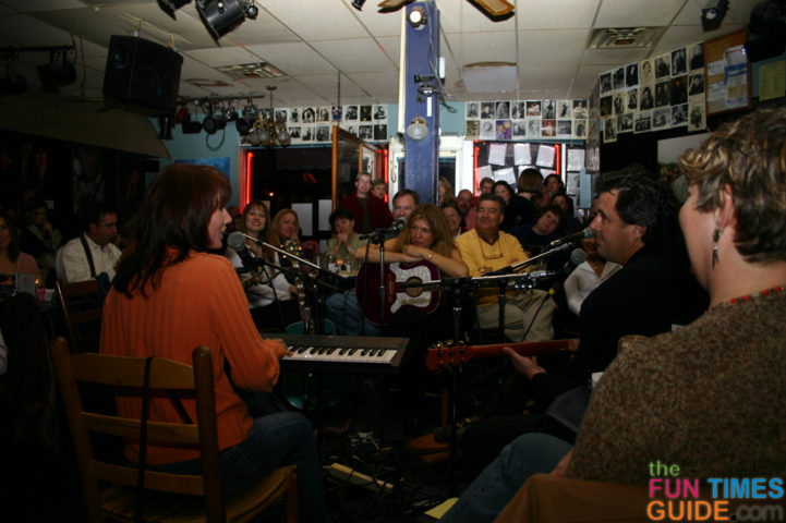Best Small But Quaint Places To See Live Music In Nashville Franklin