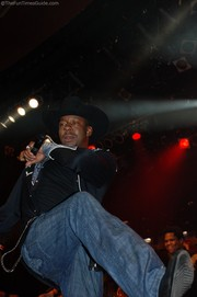bobby-brown-kicking-it-up.jpg