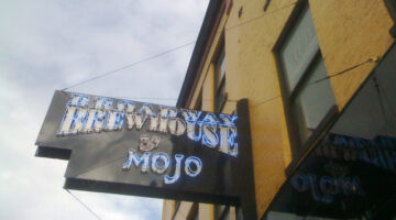 Downtown Nashville's Broadway Brewhouse & Mojo Grill: A Family Review
