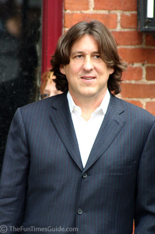 Cameron Crowe at the movie premiere of Elizabethtown.