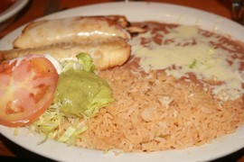 chimichanga-plate-pueblo-real-franklin.jpg