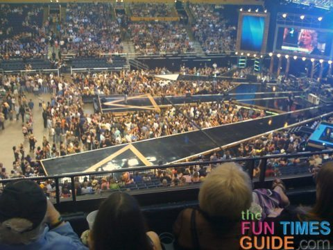 cmt-awards-seating
