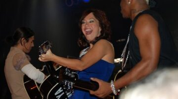Pictures Of American Idol's Diana DeGarmo Performing At The Wildhorse Saloon In Nashville