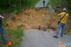 fema-inspecting-leipers-fork-flood-damage