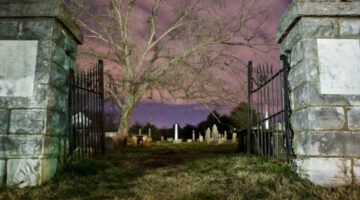 Looking For Ghosts & Haunted Places In Tennessee?