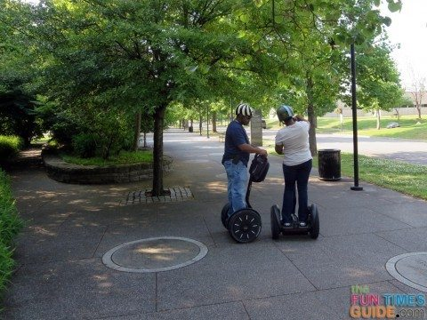 fun-couple-segways