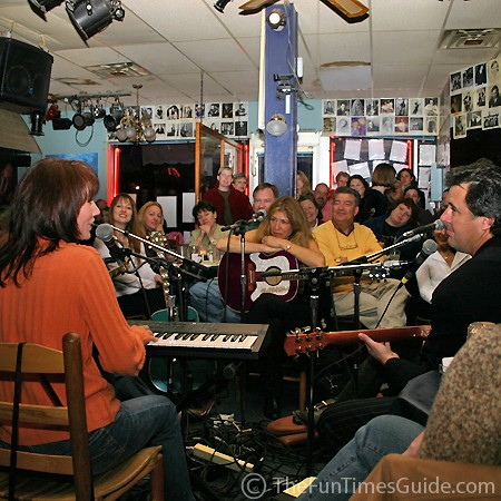 In-the-round singers at the Bluebird Cafe.