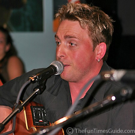 Johnny Reid is multi-talented as a singer, songwriter, and storyteller.