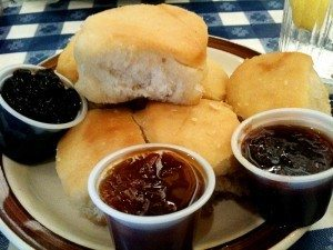 loveless-cafe-biscuits-and-jam