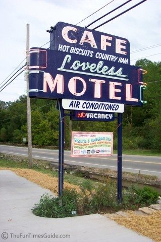 loveless-cafe-sign