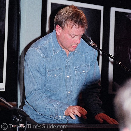 Phil Vassar jaming on his keyboards at the Bluebird in Nashville.