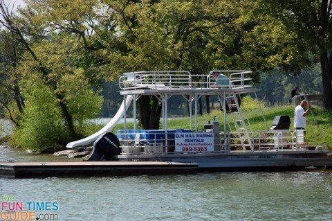 Where To Rent Pontoon Boats Amp Other Water Toys In