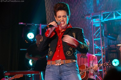 sean-young-rockin-nashville-tn.jpg