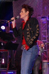 sean-young-wildhorse-saloon-nashville.jpg