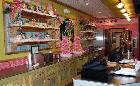 sweet-ceces-franklin-tennessee-yogurt-shop.jpg