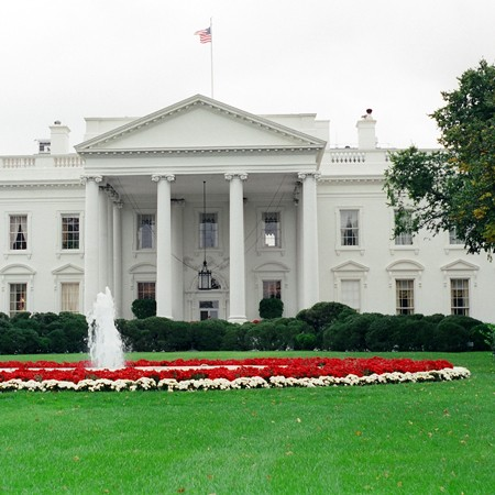 The White House in Washington, D.C. Photo ©Jim & Lynnette's Fun Times Guide - //thefuntimesguide.com