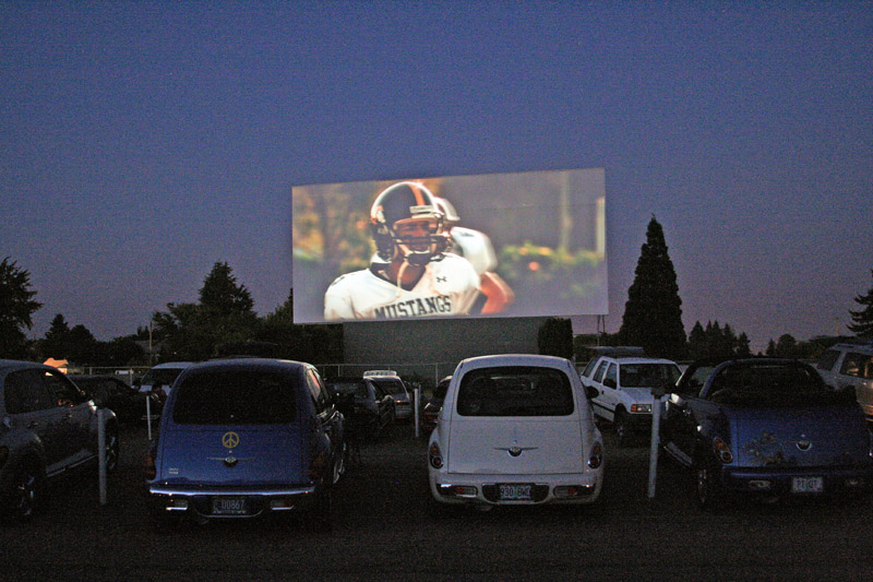 Drive In Movies With Your Beau A Trip In Memphis For 2