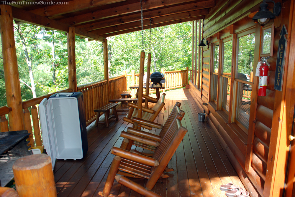 Review of pigeon forge cabin rental brothers cove the for Cabin wrap around porch